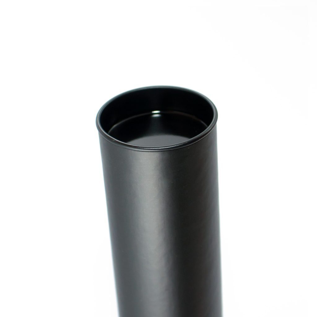 paper-indulgence_cylinders_a4-black_02
